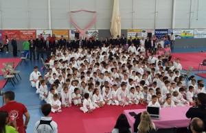 Foto-participantes-Karate-contra-el-Cáncer-de-mama