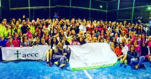 Foto-grupal-participantes-torneo-benefico-cancer-de-mama-Toledo