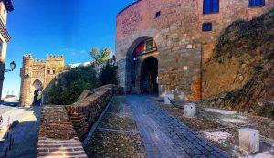 Panorámica de la Puerta del Sol y de la Puerta de Valmardón-